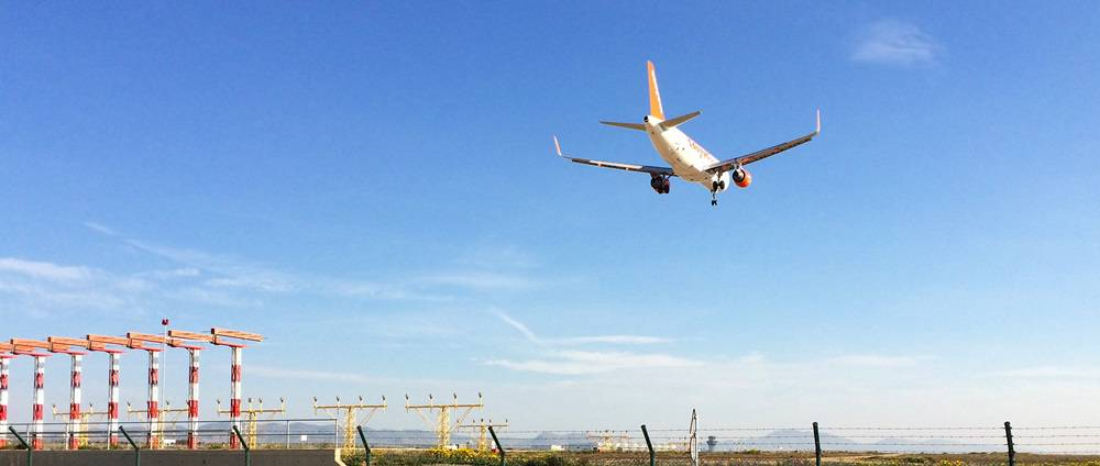 Easyjet flight landing at Murcia Airport